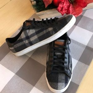 Cole Haan Plaid Flannel Sneakers Sz 7